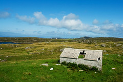 Abandoned, Isle of Barra (www.bazpics.com) Tags: ocean trip blue roof sea summer vacation sky cloud house lake holiday green abandoned tourism broken water beautiful field landscape island scotland countryside scenery rocks tour view shed scottish august visit tourist atlantic highland scot tropical coastline loch damaged picturesque barra isle westernisles 2009 outerhebrides vatersay isleofbarra barryoneilphotography