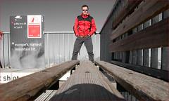 Toni @ 3883 metres (Toni_V) Tags: red alps me bench schweiz switzerland suisse perspective zermatt kleinmatterhorn alpen svizzera wallis 2009 valais d300 toniv skinfit dsc1247 090814