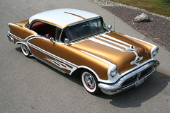 "1956 Olds Watson Style • <a style=""font-size:0.8em;"" href=""http://www.flickr.com/photos/85572005@N00/3896223307/"" target=""_blank"">View on Flickr</a>"