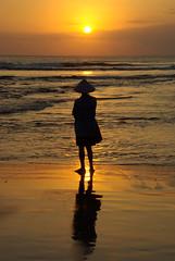 39 Final sunset at Kuta, Bali (K.L.E.T) Tags: sunset bali indonesia indonesie kuta