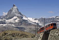 Matterhorn (Y. Ballester) Tags: mountain snow alps train alpes tren schweiz switzerland nikon suisse suiza swiss nieve railway glacier gornergrat zermatt matterhorn alpen montaña svizzera glaciar valais d60 cervino gletsher gornergletsher