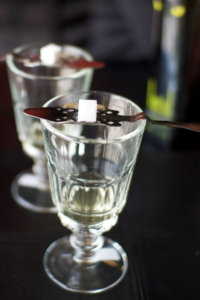 Clear absinthe with sugar read