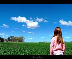 Abril en Septiembre (DiEgo bErrA) Tags: sky baby field del clouds young des il seeds nia ciel cielo nubes campo soybean nena della nuages enfant soja domaine semina soia bambino siembra delle nubi giovane giacimento ensemence