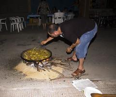 Els poblets nit de les paelles 09 036 (hortet) Tags: paella oliva antoni festes fuster molla josep lamarina poblets moll josepantonimollfuster