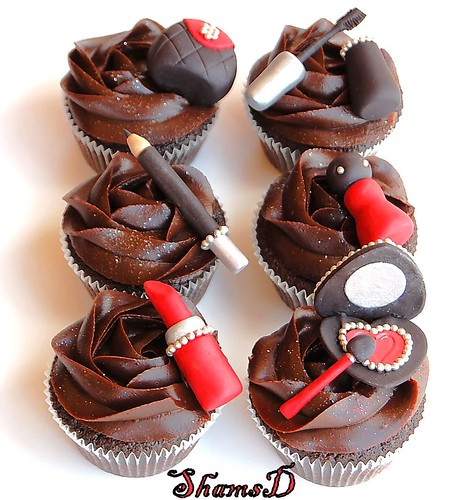 Make-Up Cupcakes