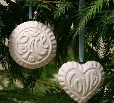 jonathan adler peace love ornament