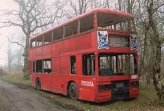 DELTA FORCE PAINTBALL (KYV395X) HOCKLEY HEATH 280303 (David Beardmore) Tags: titan leyland eastlondon londontransport deltaforcepaintball t395 nonpsv immobilestoreshed kyv395x