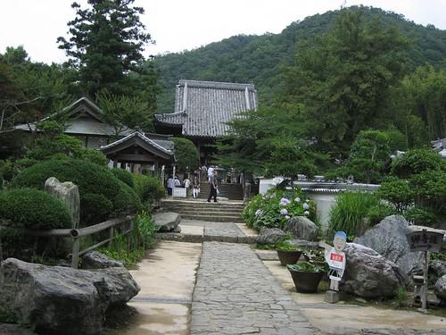 大日寺境内