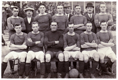 Manchester United 1921-22 team photograph (2)