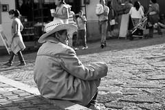 Aqu pasndola.. (chblet) Tags: mxico bn morelos tepoztln 100 chablet