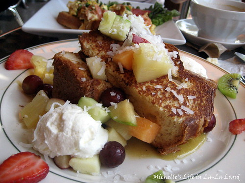 Bonjour Cafe- Le French Toast de Tahiti
