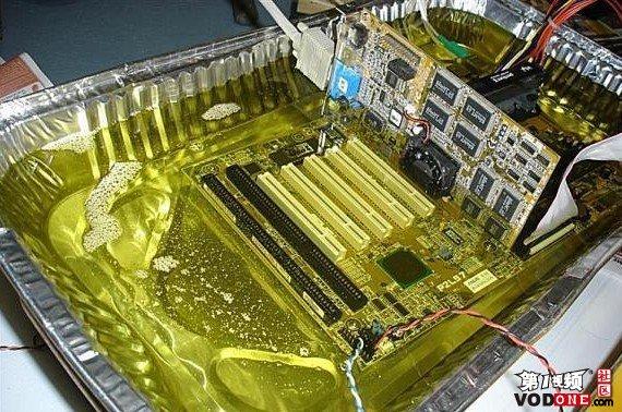 牛人用CPU炸薯条过程