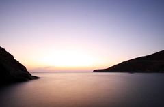 poisses, tzia (helen sotiriadis) Tags: longexposure sea sky beach water canon published peace calm greece canonefs1022mmf3545usm tzia τζιά canoneos40d ποίσσεσ toomanytribbles poisses