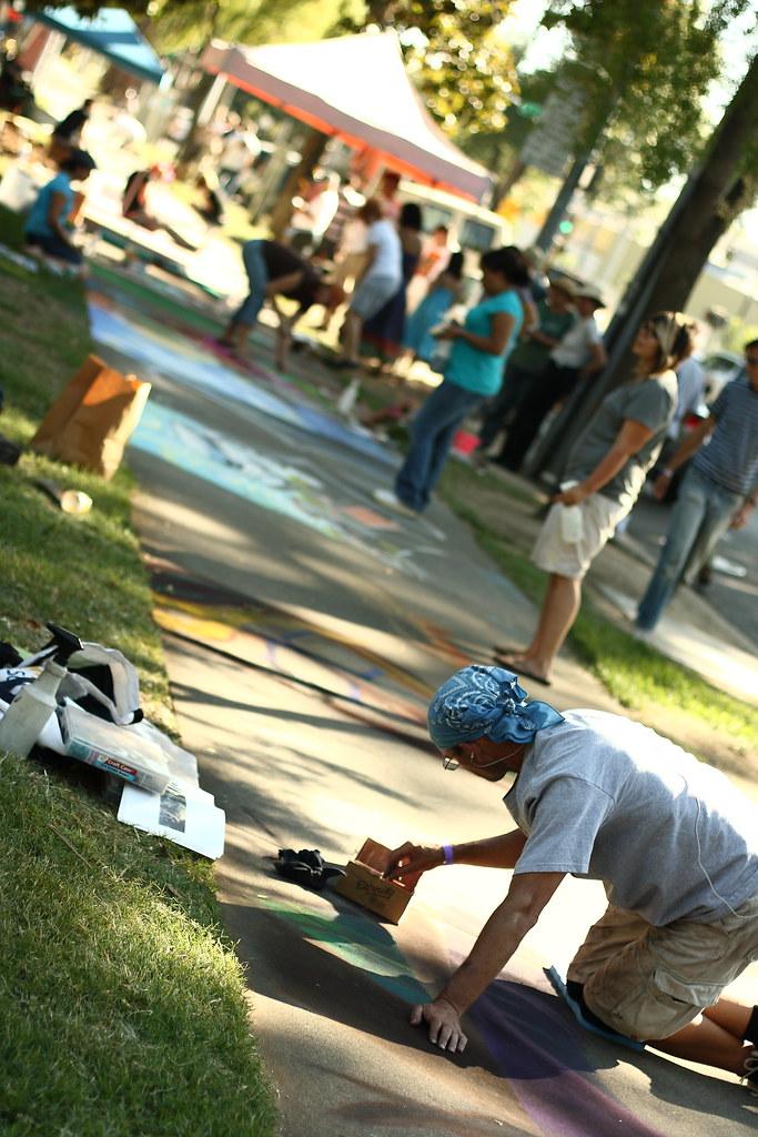 Street chalk artist