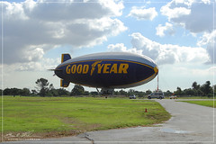 GoodYear Blimp - Spirit Of America (striving67) Tags: california blimp airship goodyear dirigible carso