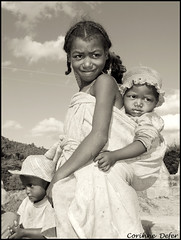 "Madagascar - ""Portraits malgaches 19"" (Corinne DEFER - DoubleCo) Tags: travel portrait blackandwhite bw blancoynegro child noiretblanc retrato nb 2008 enfant nio madagascar malagasy  madagaskar madagasikara  ilerouge grandele malagasyrepublic hautsplateaux madagaskara  platinumheartaward   democraticrepublicofmadagascar madagaskaro madagaskaras      corinnedefer updatecollection hautsplateauxversranomafana famillesmalgaches people"