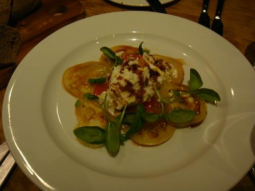 Ensalada Caprese con Mozzarella di Bufala