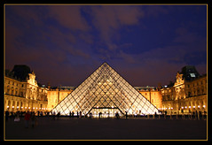 Pyramide du Louvre (felber) Tags: paris france pyramid louvre pyramide septembre 2009 felber 5for2 superaplus aplusphoto flickrestrellas favemoifrance updatecollection