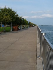 Riverwalk by Ren Cen