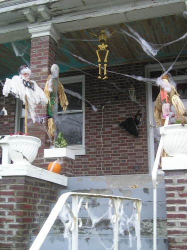 Halloween on Warder Street & Quebec