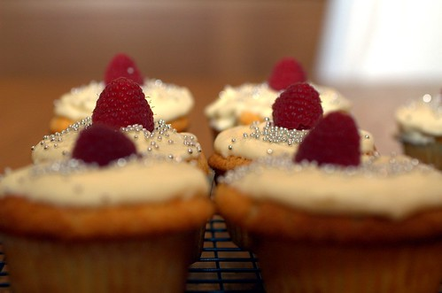 white chocolate cupcakes with white chocolate buttercream frosting