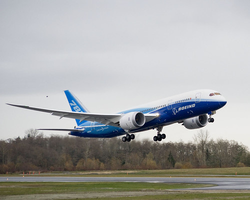 Boeing 787 First Flight