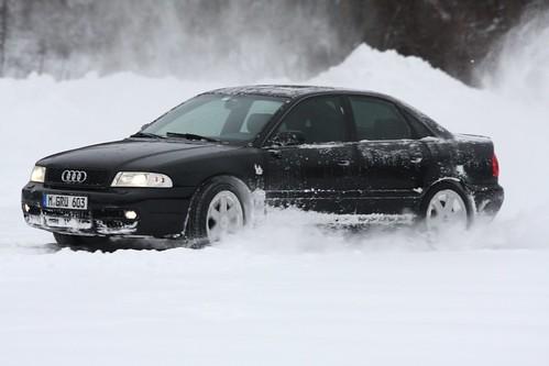 audi s4 b5 black. Black B5 Audi S4 Snow Drift