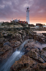 A DIFFERENT TAKE (Steve Boote..) Tags: longexposure sea lighthouse seascape sunrise dawn coast northumbria northsea coastline gitzo stmarys whitleybay tyneandwear sigma1020 leefilters baitisland samsunggx20 steveboote