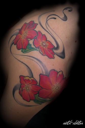 kolibri tattoo. tattoo blumen