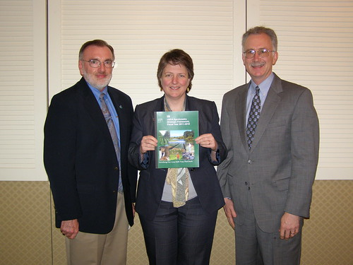 Agriculture Deputy Secretary Merrigan (center) poses with Director of the USDA National Agroforestry Center Andy Mason (right) and NRCS National Forester Bruce Wight.