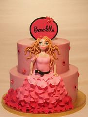 Barbie Cake (Passione: Cupcakes!) Tags: barbie cake barbiecake fondantbarbie fondant fondantfigure cakedesign cakedecoration birthdaycake pinkcake tarta tartadecorada tartabarbie tartarosa torta tortadecorata tortabarbie tortarosa
