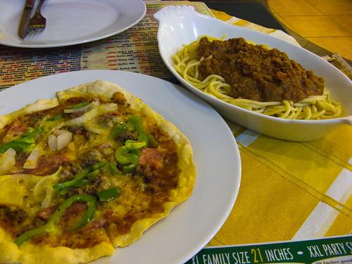 8inch Mamma Mia Pizza and Bolognese - Mamma Maria Pizzeria