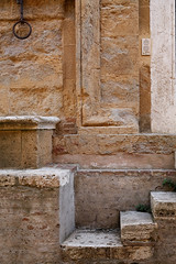 stone stairs (S amo) Tags: italy stone stairs italia pierre tuscany toscana toscane escalier italie doorbell sonnette