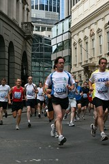 Standard Chartered Great City Race 2009 (42run) Tags: 2009 1670 3735 4466 5579 6088 standardcharteredgreatcityrace 42run gtcityrace09