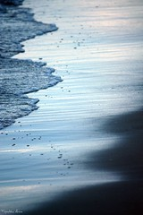 ....peaceful.... (anka.anka28) Tags: sea beach water sand wave poland polska explore fala woda gdynia morze plaża pomorze piasek explored 450d piach canon450d