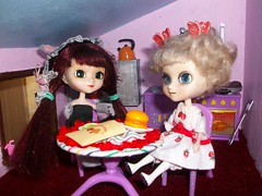 On vous invite ? (ythylolyn) Tags: doll pullip blythe reims