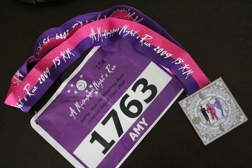 Bib tag and medal