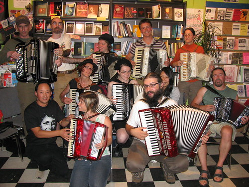 2009_Sept_Accordion_Noir_Festival 044 by you.