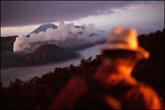 tourist - Mount Bromo (Maciej Dakowicz) Tags: sea tourism nature sunrise indonesia volcano java asia tourist crater bromo mountbromo mtbromo mountpenanjakan souheasasia