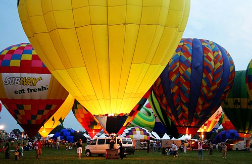 Bluegrass Balloon Glow