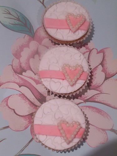 Pearl Heart Cupcakes