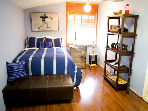 ... small desk for bedroom. teen small bedroom design with single bed and