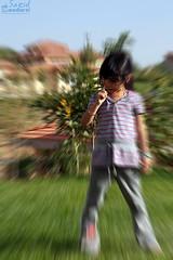 یک ورزش پرطرفدار بین کودکان....! (saeid.goodarzi) Tags: girl canon children nose iranian بچه کودک دختر دماغ ایرانیان بینش ورزش تلفن چرخش پرش ادیت eos1000d تقکر دماغو رفتارکودکانه عکسطنز مالش مماخ ورزشهمگانی تهویه