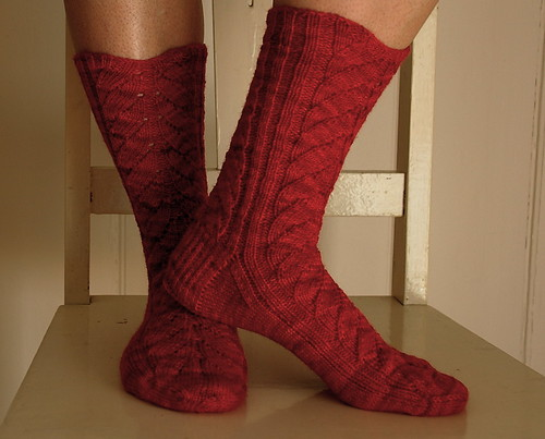 pink artichokes socks