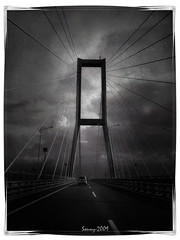 196-12 (*Sonny) Tags: bridge bw canon indonesia sonny surabaya madura eastjava goldstaraward jembatansuramadu