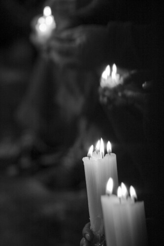 Velas rezando