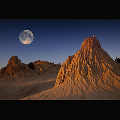 From nowhere to nowhere (Garry - www.visionandimagination.com) Tags: moon lake landscape sand glow desert dunes outback np mungo fakemoon lakemungo worldheritagelisted