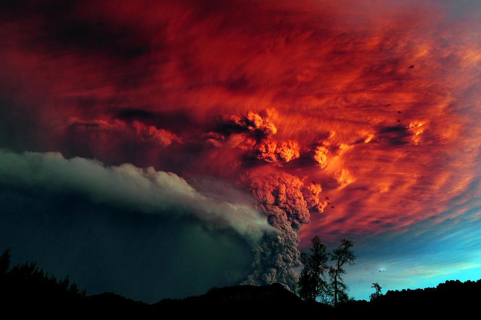 CHILE-VOLCANO-PUYEHUE CLAUDIO SANTANA/AFP/Getty Images