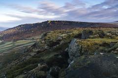 Curbar Edge (l4ts) Tags: landscape derbyshire peakdistrict darkpeak goldenhour sunrise gritstone gritstoneedge gritstonetors curbaredge baslowedge heather moorland easternmoorspartnership
