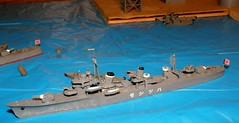 1/700 IJN Destroyer Hatsushimo by Aoshima (szogun000) Tags: scale japanese model ship poland polska olympus plastic destroyer kit naval waterline wroclaw warship aoshima 1700 wrocaw ijn 15056 lowersilesia dolnolskie dolnylsk imperialjapanesenavy sp550uz waterlineseries hatsushimo